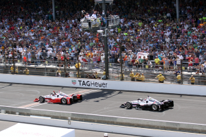 Juan Pablo Montoya crosses the Yard of Bricks to win the 99th Indianapolis 500. (Photo by William Gibson)